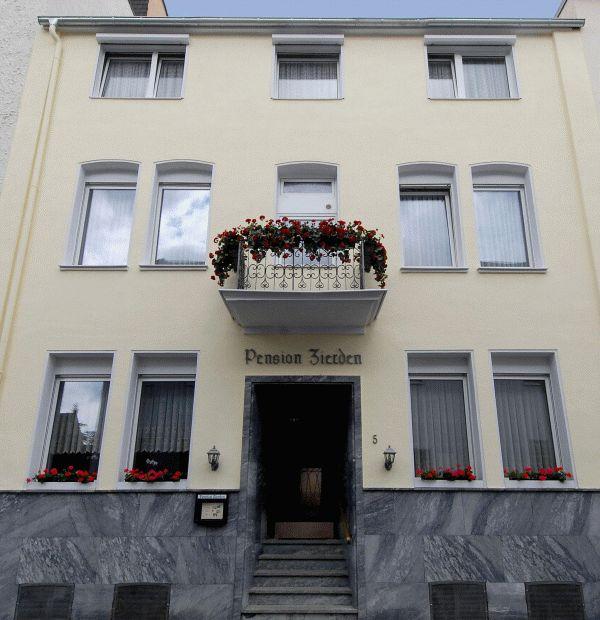 Gästehaus Pension Schönblick: Pension In Bad Neuenahr-Ahrweiler