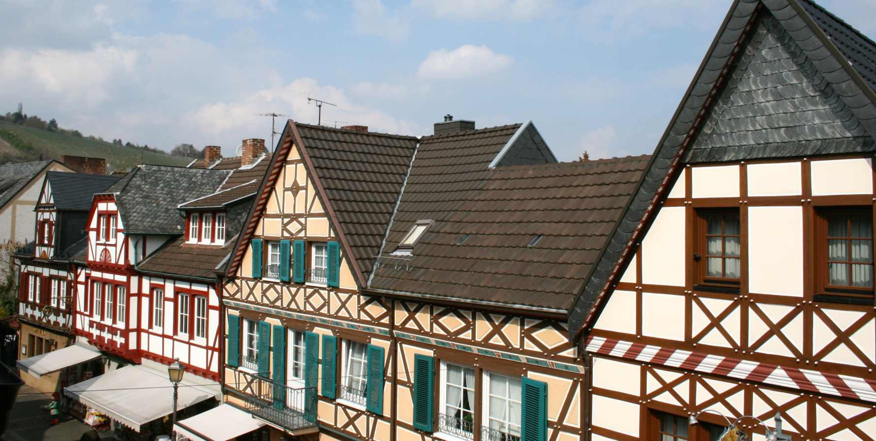 ferienwohnung ahrtorblick ferienwohnung in bad neuenahr ahrweiler. Black Bedroom Furniture Sets. Home Design Ideas