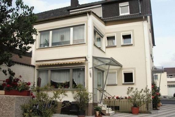 ferienwohnung gieler ferienwohnung in bad neuenahr ahrweiler. Black Bedroom Furniture Sets. Home Design Ideas