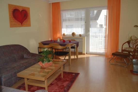 ferienwohnung tietz ferienwohnung in bad neuenahr ahrweiler. Black Bedroom Furniture Sets. Home Design Ideas